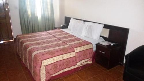 Leisure Lodge Hotels, Freetown