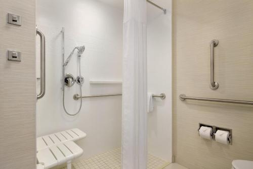 Fairfield Inn & Suites by Marriott Lancaster East at The Outlets Photo