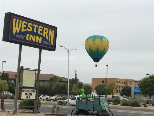 Western Inn Roswell Photo