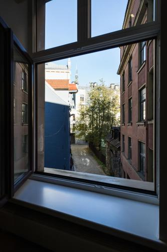 Old town Riverside Apartment - фото