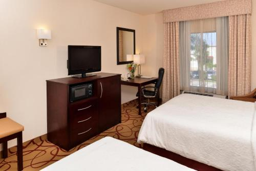 Hampton Inn Houston-Deer Park Ship Area Photo