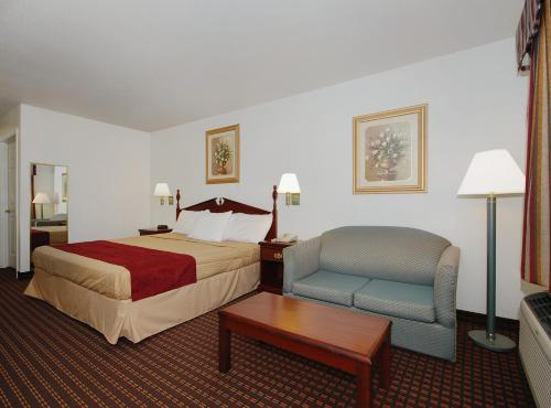 Best Western Johnson City Inn - Johnson City, TX 78636