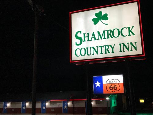 Shamrock Country Inn Photo