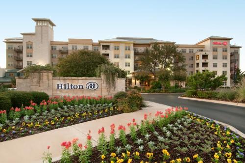 Hilton San Antonio Hill Country Photo