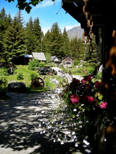 Alyeska Hideaway Photo