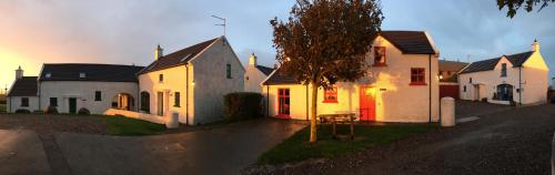 Hotel Ballylinny Holiday Cottages