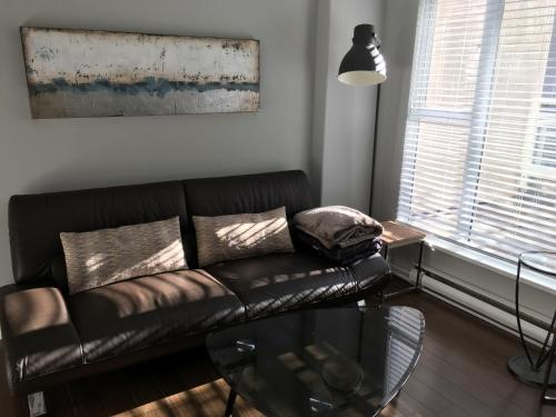 Beach Avenue Condo Photo