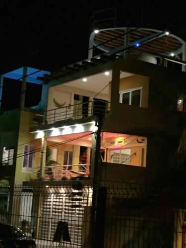 Layla Guesthouse Photo