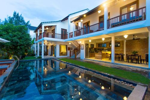 Vina Beach Pool Villas, Hoi An