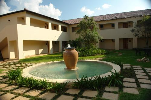 Amanzingwe Lodge, Conference Centre & Spa Photo