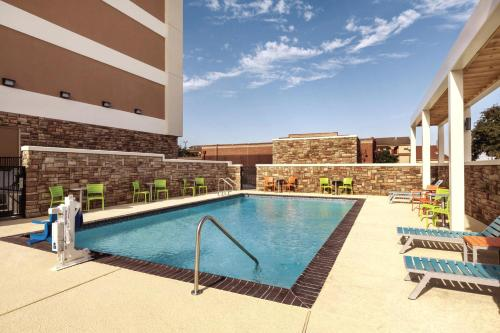 Home2 Suites by Hilton College Station Photo