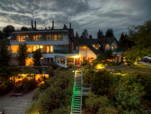 Sooke Harbour House Photo