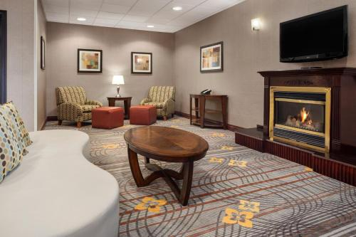 Hampton Inn & Suites Detroit Sterling Heights Photo