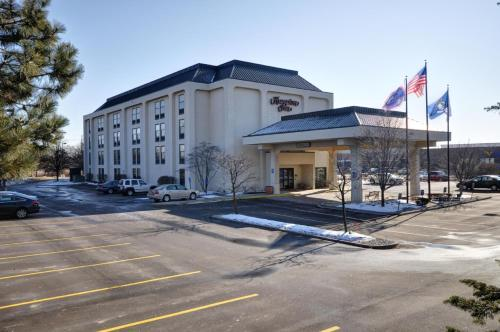 Hampton Inn Detroit Northville Photo