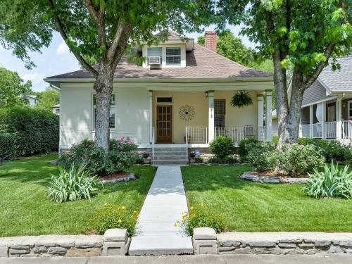 12 South House with Classic Charms Home
