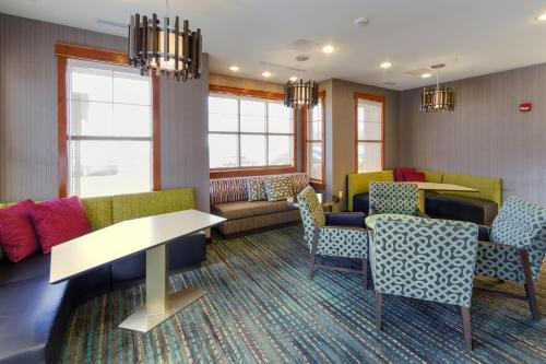 Residence Inn by Marriott Fredericksburg Photo