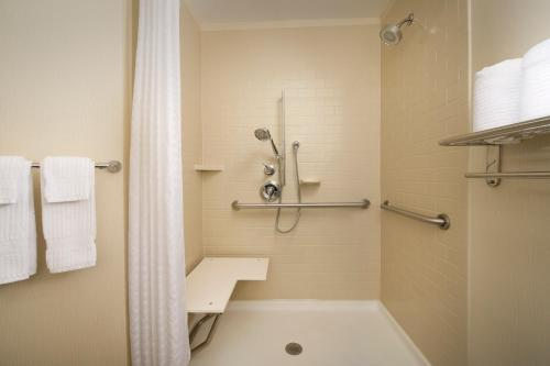 Candlewood Suites Alexandria - Fort Bevoir Photo