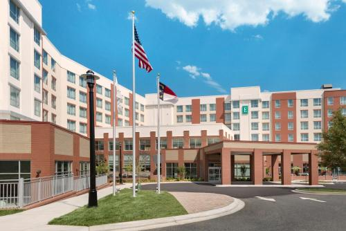 Embassy Suites Charlotte/Ayrsley Photo