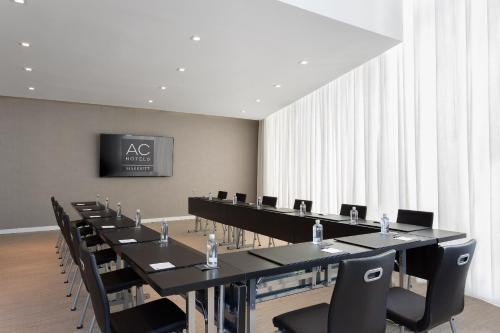 AC Hotel by Marriott Miami Beach Photo
