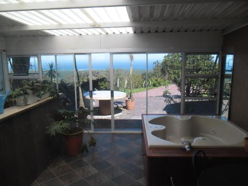 Ocean Vista Guesthouse Photo