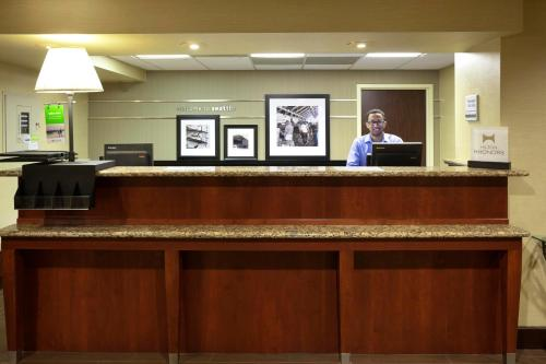 Hampton Inn Seattle Airport Photo