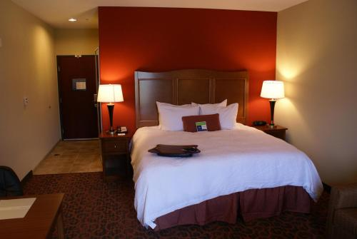 Hampton Inn & Suites Brenham in Brenham