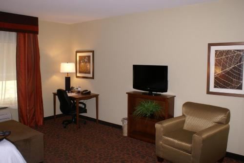 Hampton Inn & Suites Brenham Photo