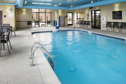 Hampton Inn & Suites Toledo-Perrysburg Photo