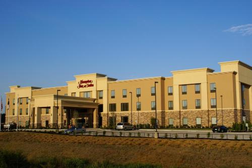 Hampton Inn And Suites Center - Center, TX 75935