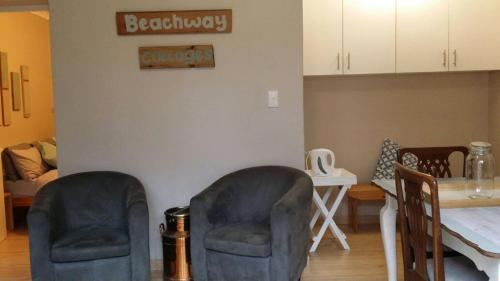 Beachway Cottages Photo