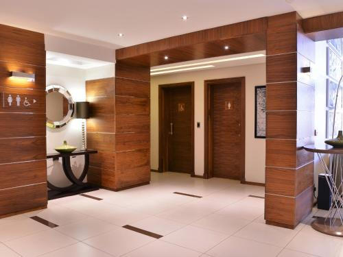 Premier Hotel Midrand Photo