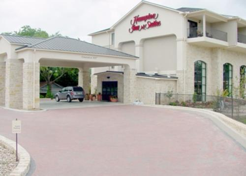 Hampton Inn & Suites Fredericksburg Photo