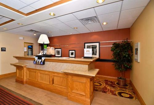 Hampton Inn & Suites Nacogdoches Photo