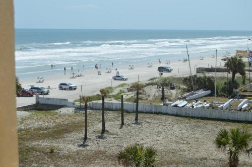 Fountain Beach Resort - Daytona Beach Photo