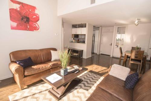 Midvale Apartment 425 - Los Angeles, CA 90024