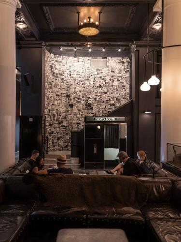 Ace Hotel New York Photo