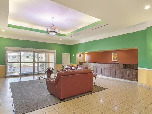 La Quinta Inn & Suites Brenham Photo