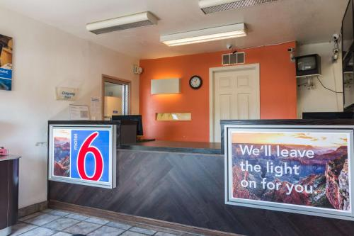 Motel 6 Texarkana Photo
