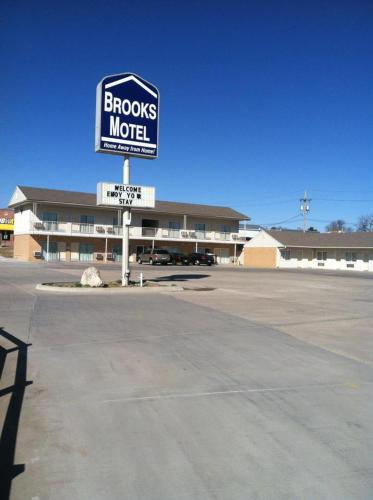 Norton (KS) United States  City pictures : Brooks Motel, Norton, KS, United States Overview | priceline.com