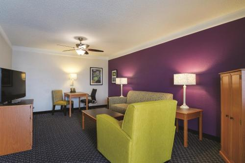 La Quinta Inn Greenville Woodruff Road Photo