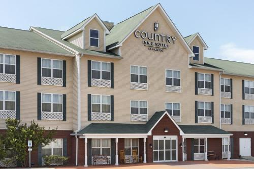 Country Inn & Suites by Carlson Dothan Photo