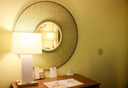 Days Inn Newark Delaware Photo