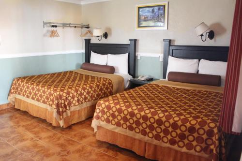 Paradise Inn and Suites - Los Angeles, CA 90066
