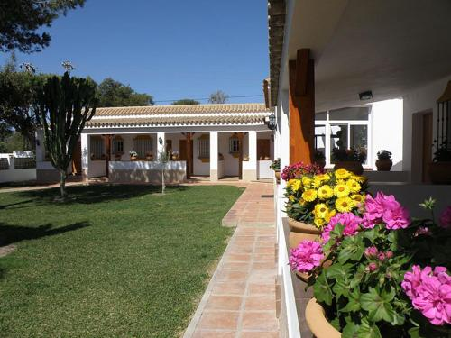 Hostal Las Acacias Los Ca&ntilde;os de Meca