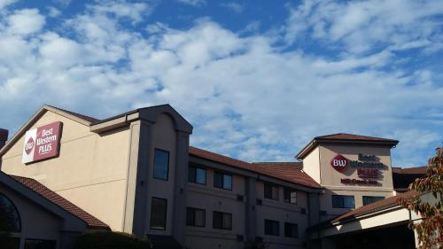 Picture of Best Western PLUS Mill Creek Inn