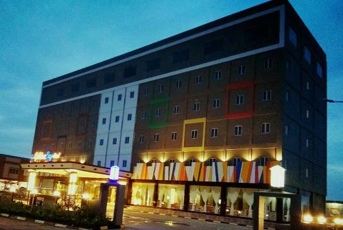 The Golden Bay Hotel Batam photo 56