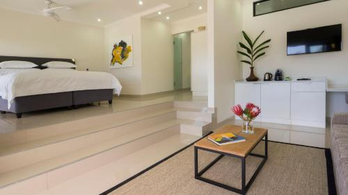THEBLOEM Guest Suites Photo