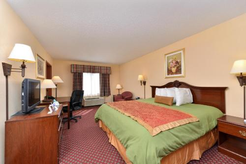 America's Best Value Inn and Suites Augusta Garden City Photo