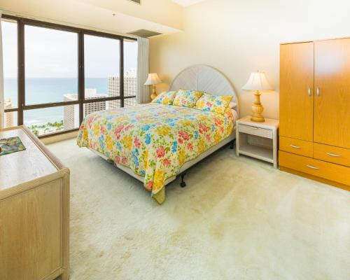 2 Bed Penthouse Suite 3806 at Waikiki Photo