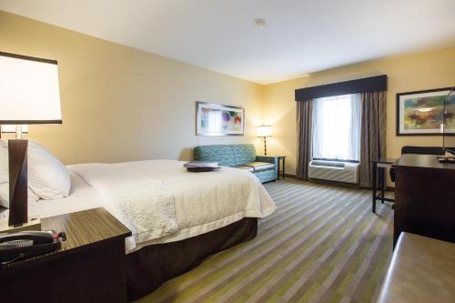 Hampton Inn & Suites Toledo/Westgate Photo